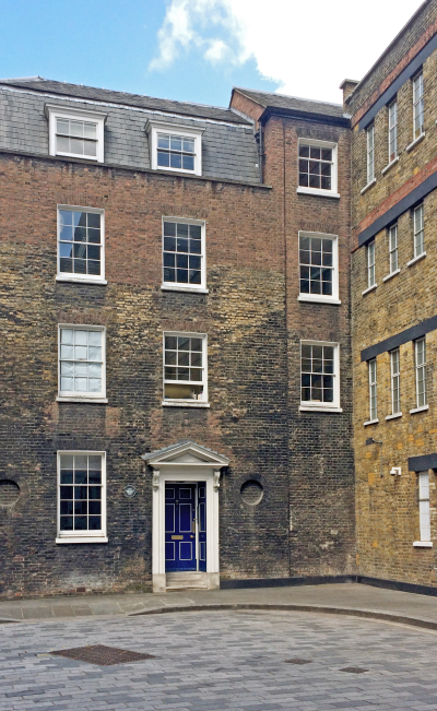 Apothecaries' Hall<br> Magnesia House<br>               6 Playhouse Yard